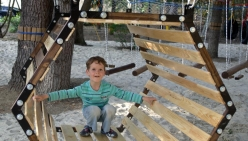 detskij-verevochnyj-park-zolotoj-kolos-alushta_parktropa-com-05