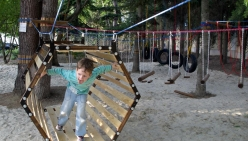 detskij-verevochnyj-park-zolotoj-kolos-alushta_parktropa-com-06