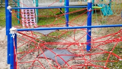 childrens-playground-made-from-rope-29