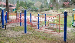 childrens-playground-made-from-rope-30