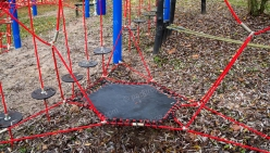 childrens-playground-made-from-rope-35