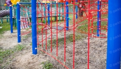 childrens-playground-made-from-rope-37