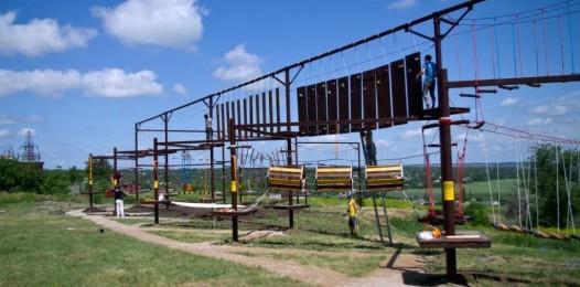 веревочный парк на опорах