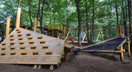 строительство детской полосы препятствий