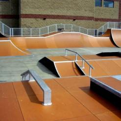 построить скейт-парк