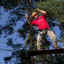 сторительство высокого веревочного парка