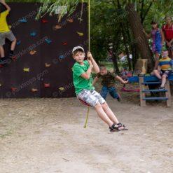 Детский веревочный парк для двора. Детская тарзанка