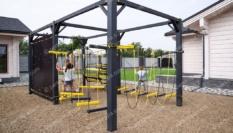 Детская спортивно-развивающая площадка